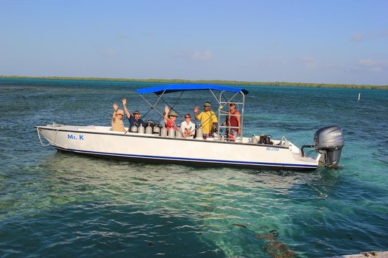 Turneffe Flats:                   Smaller dive boat