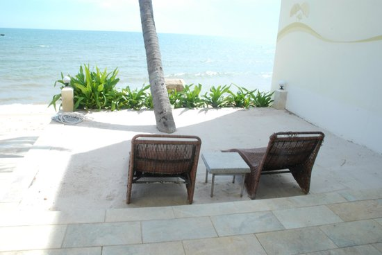 Shades Resort:                   Lounge chairs in front of Studio 3