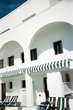 Cosmopolitan Suites Hotel:                   Balcony