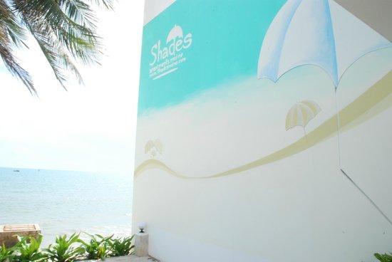 Shades Resort:                   Grat resort