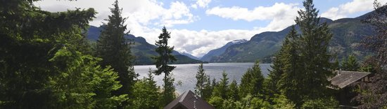 Strathcona Park Lodge & Outdoor Education Centre: The view from the Haig Brown building.