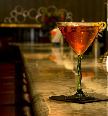 J Morgan's Steakhouse: Martini time
