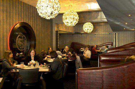 J Morgan's Steakhouse: Private booths & rare lighting