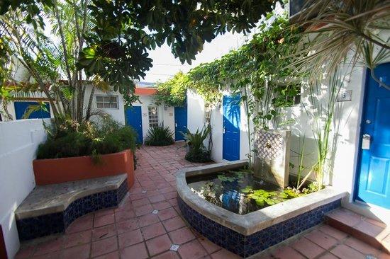 Tres Palmas Inn:                   Blick auf Zimmer Nr 8