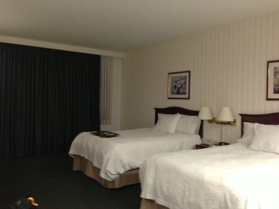 Hampton Inn by Hilton Ottawa:                   Two queen beds