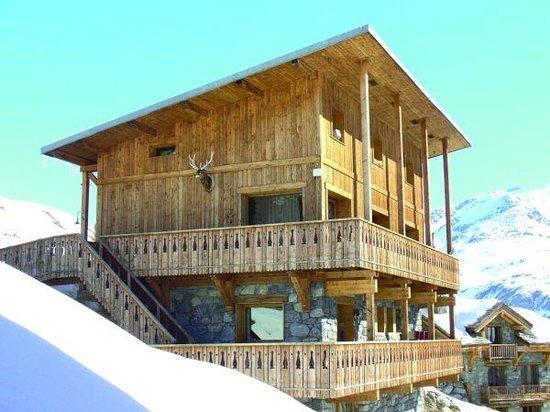 Dragon Lodge exterior view