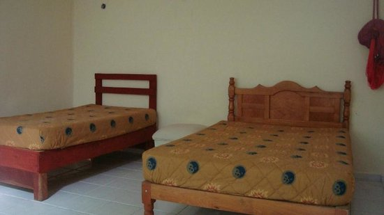 La Posada Chetumal Hostel:                   private rooms