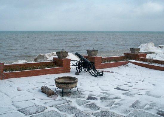 Braddock Point Lighthouse B&B Bed & Breakfast:                   Lake Ontario