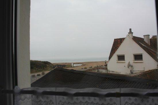 Hôtel de la Plage :                   vue d'une chambre vue sur mer