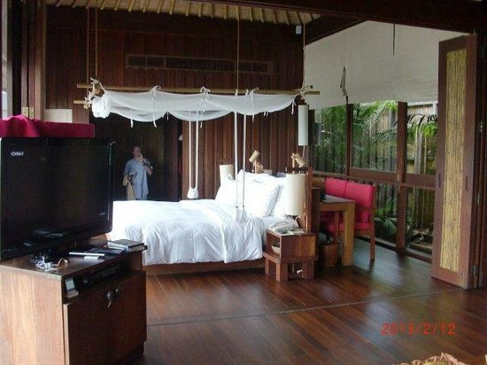 Six Senses Samui:                   large bed, lovely linen, mosquito netting, separate dressing room.