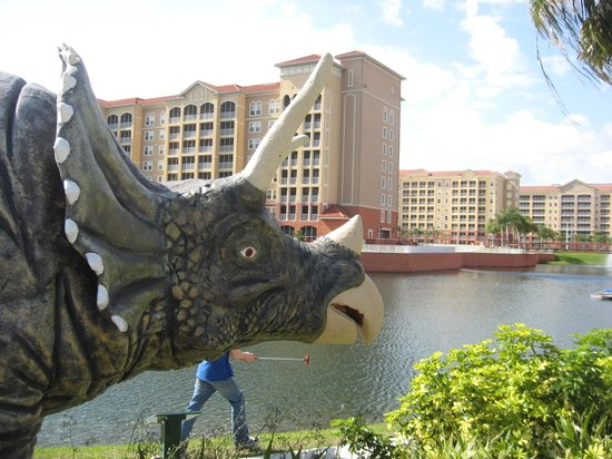 Westgate Vacation Villas Resort & Spa:                   Golf with the dinosaurs
