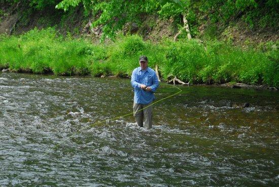 Roseloe Motel: fishing on the Jackson