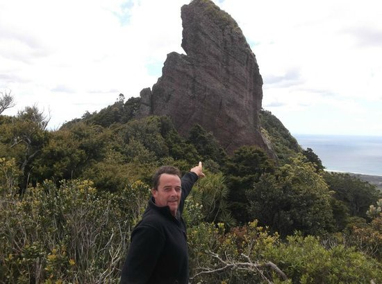 Mount Manaia Track:                                     windy up here