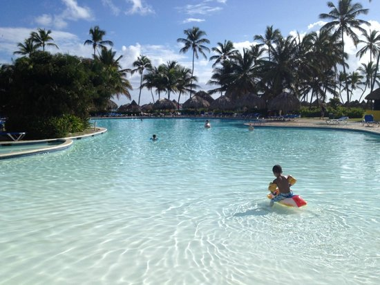 Caribe Club Princess Beach Resort & Spa:                   Middle Pool I believe