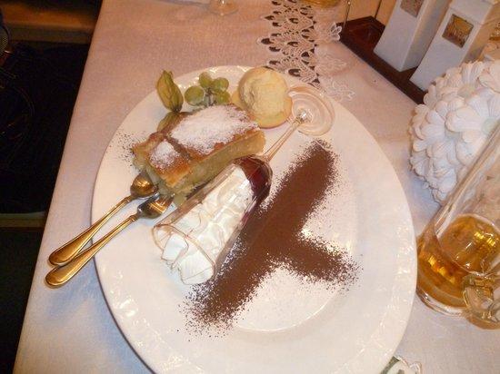 Restauracja Sasiedzi:                   strudel di mele