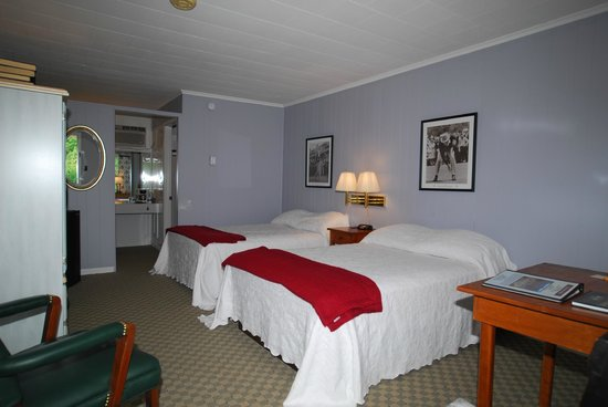 Roseloe Motel: Sam Snead Room  #26