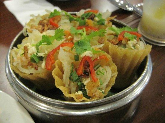 Little Penang Cafe:                   Nyonya Kuih Pie Tee