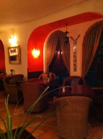 American Colony Hotel Arabesque Restaurant :                   one of the restaurant rooms
