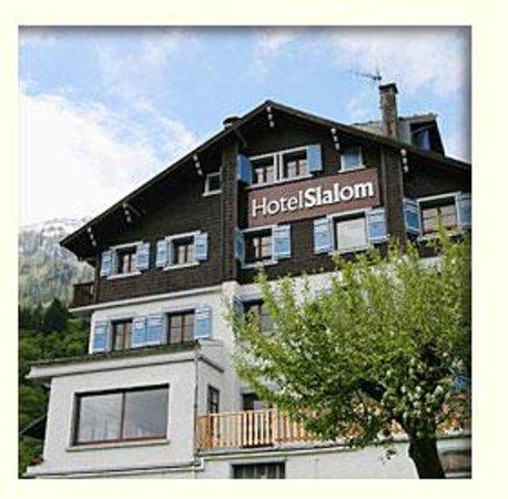 Hotel Slalom: L'exterieur