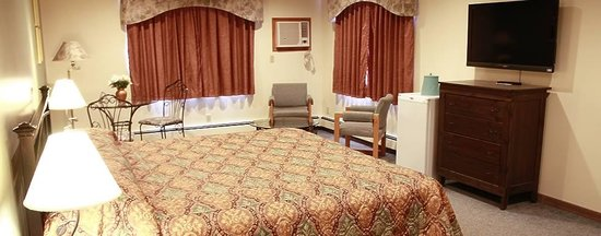 Woodland Inn Photo