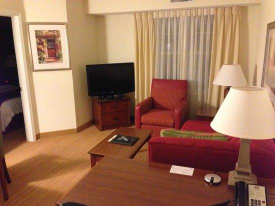 Residence Inn Hartford Avon:                   Living Area