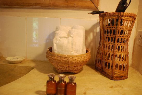My Dream Boutique Resort:                   Bathroom detail