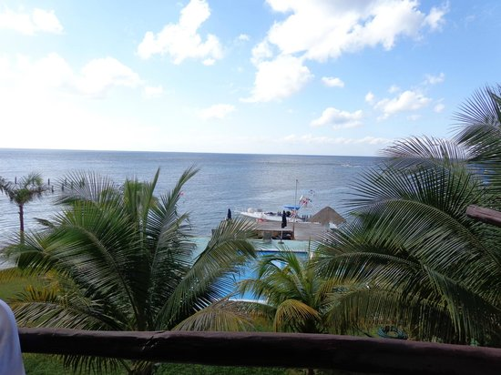 Blue Angel Resort:                   View from Room 305.