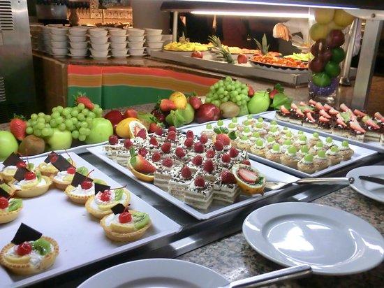 Sandos Playacar Beach Resort:                   Un petit aperçu des nombreux desserts