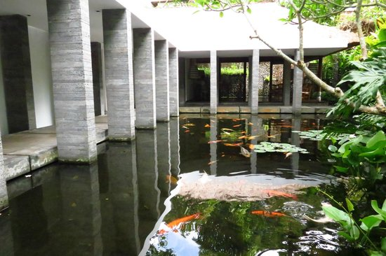 COMO Uma Ubud:                   Down by the spa area