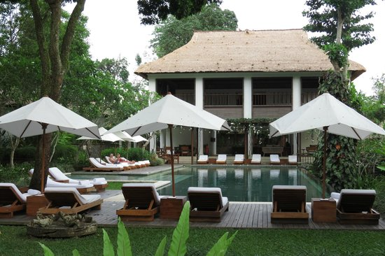 COMO Uma Ubud:                   By the pool