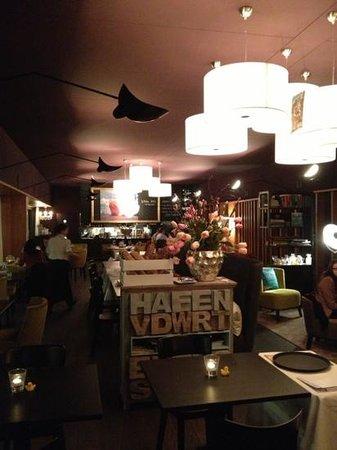 Hafenrestaurant :                   super modern und toll