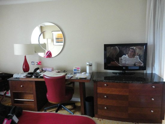 London Marriott Hotel Regents Park:                   Apartamento
