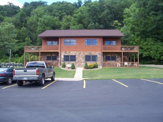 Hunter Station Lodge
