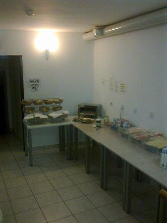 Hotel Emonec:                   Breakfastroom
