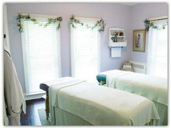 Monroe Manor Inn Bed & Breakfast Foto