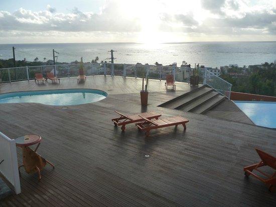 Le Soleil Levant Resort & SPA:                   l'espace piscine
