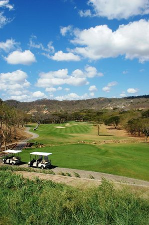 Mukul Beach Golf & Spa:                   Golf Course