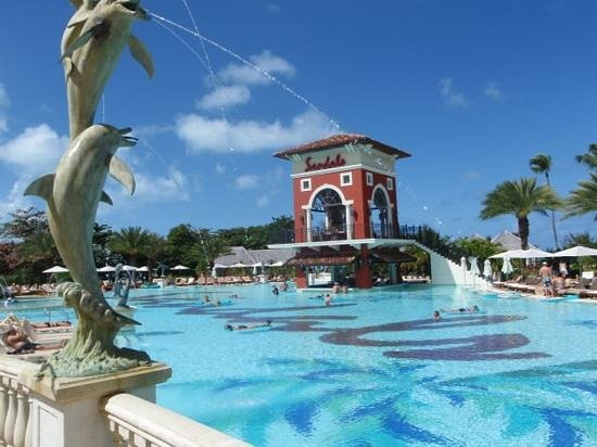 Sandals Grande Antigua Resort & Spa:                   Awesome Pool!