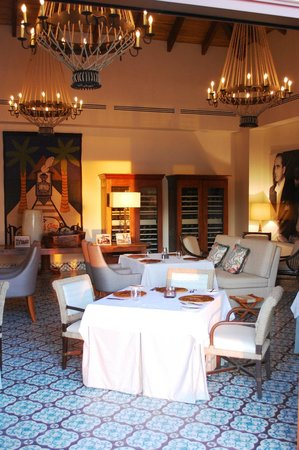 Mukul Luxury Resort and Spa:                   Indoor Dinning