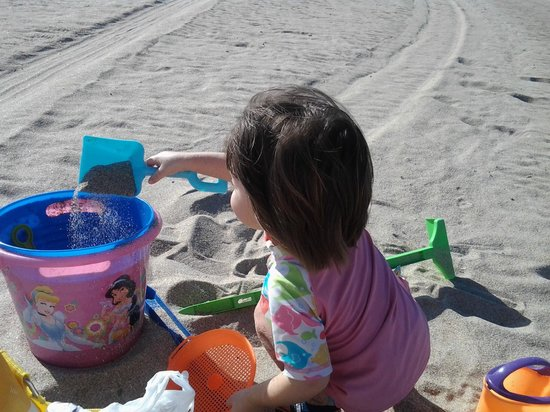 A Little Inn By The Sea:                   they had beach toys to borrow!