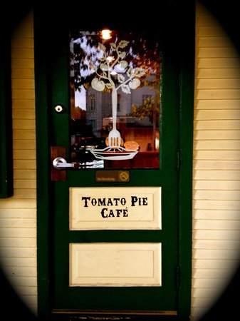 Tomato Pie Cafe: Front Door