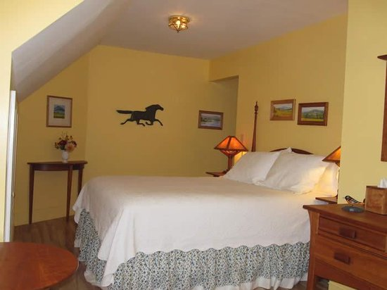 Barsen House Inn: Moonlight Room
