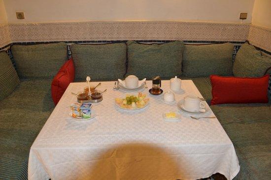 Riad Dar Cordoba:                   desayuno                 
