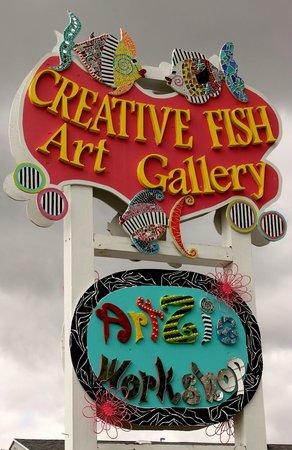 Creative Fish Art Gallery & ArtZie Workshop: Classes for Adults and Children