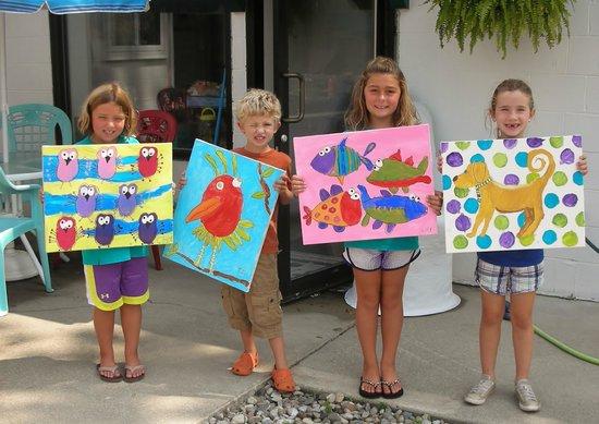 Creative Fish Art Gallery & ArtZie Workshop: Kidz Camps starting in May