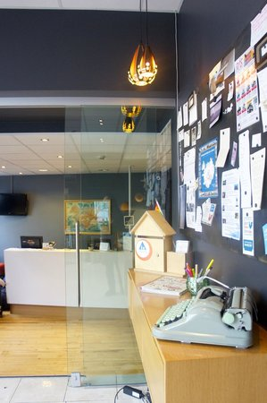 Reykjavik Downtown HI Hostel:                   lounge