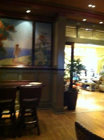 Tommy Bahama's Restaurant & Bar:                   Great bar and restaurant!