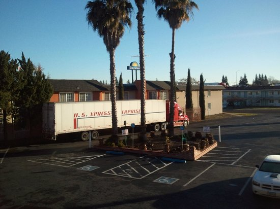 BEST WESTERN Sandman Motel:                                     Truck parking on north side of lot, along Days Inn