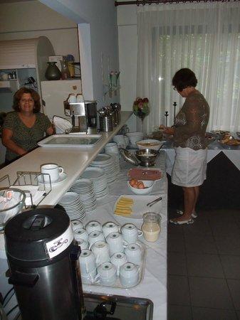 Danaos Hotel:                                     Breakfast
