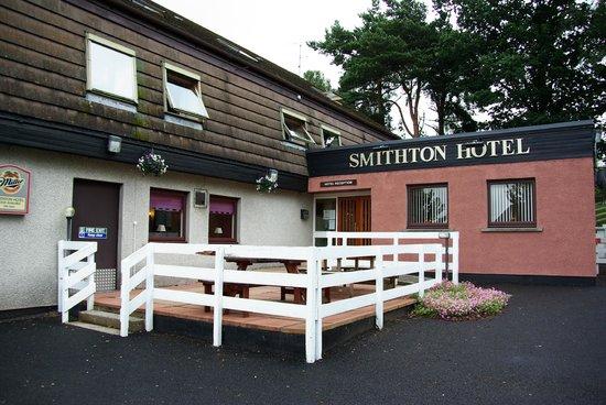 Smithton Hotel:                   Entrada
